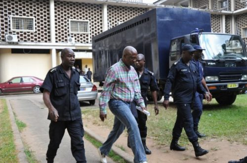 Article : Abidjan, Laurent Akoun lâche Laurent Gbagbo en prison !