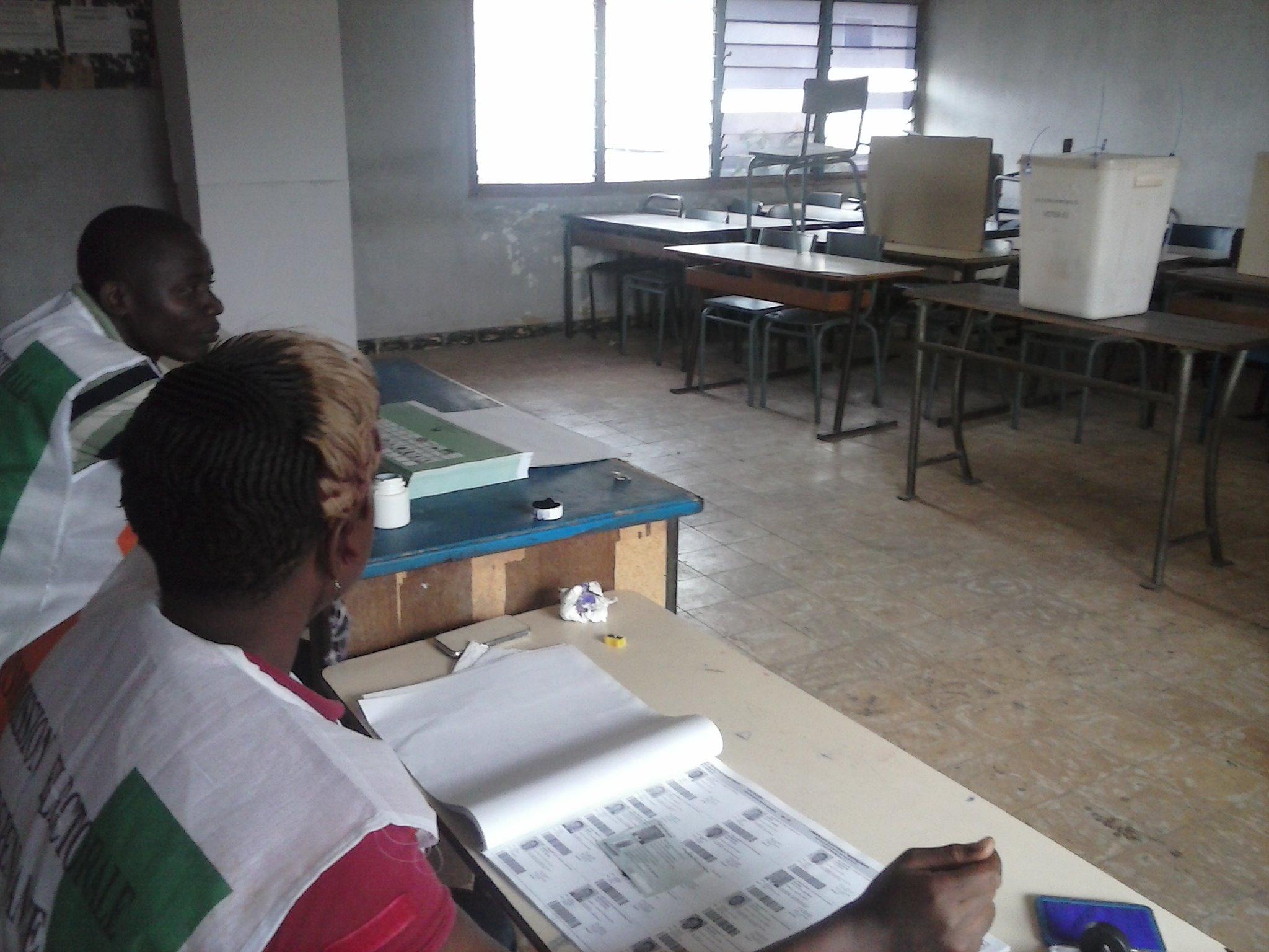 Un centre où le scrutin a débuté tardivement. Crédit Photo: Fofana