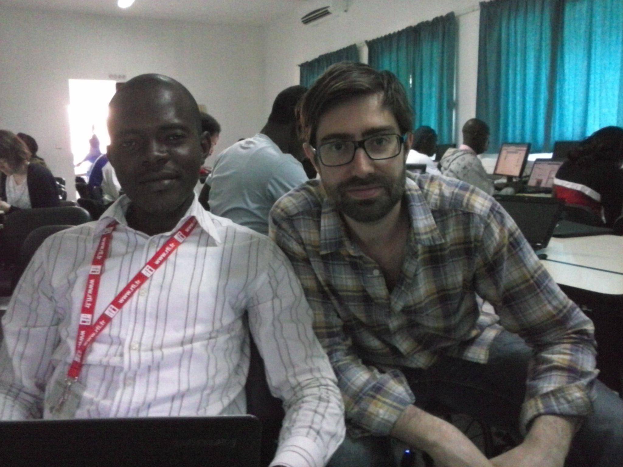 Fofana avec Grégoire Pouget de RSF. Crédit photo: Fatoumata H