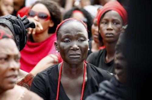 Article : Elections, la police ivoirienne gaze 200 femmes à Abidjan