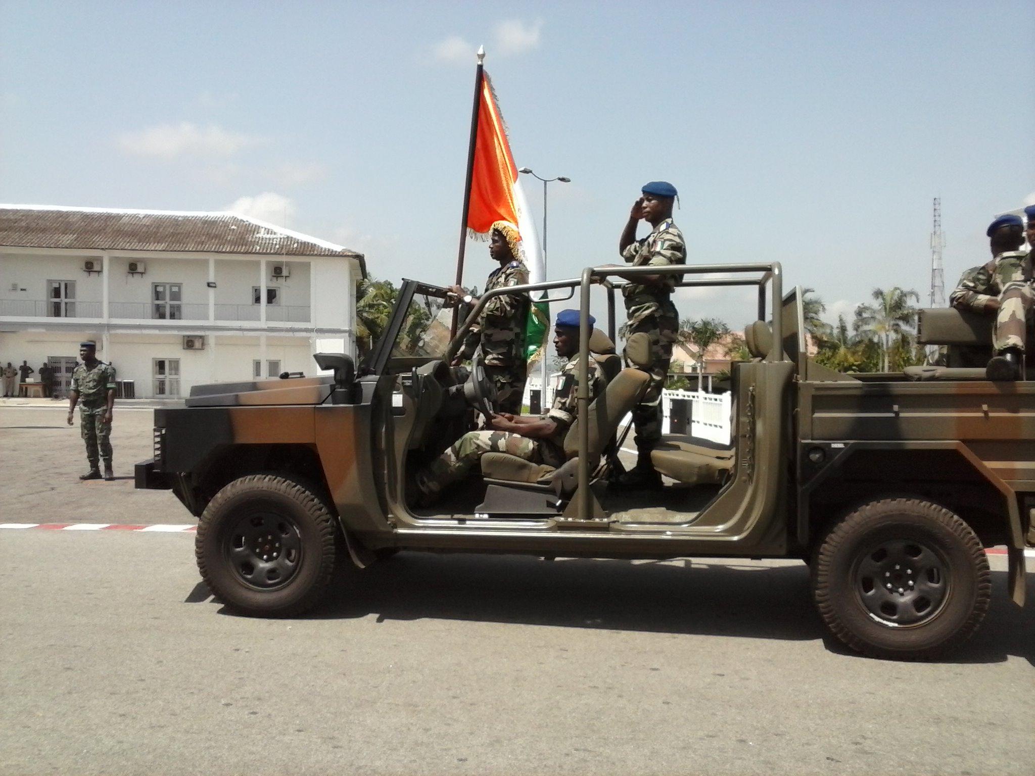 Le public a eu droit à une parade militaire. crédit photo: FBI
