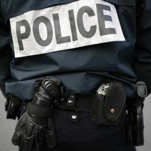 Une complicité est dénoncée entre la police et les brouteurs. photo: DR