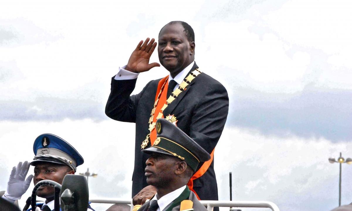 Passage en revue de l'armée par le président Alassane Ouattara, à l'occasion de son investiture le 21 mai 2011, à Yamoussoukro. Photo: DR