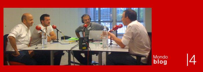 Emission 97-4: Journaliste ET blogueur? Journaliste OU blogueur? crédit photo: RFI