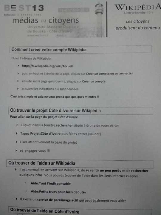 """Une fiche présentant le projet """"Wikipédia Côte d'Ivoire"""", lors du BEST13 à Bouaké. crédit photo: FBI"""