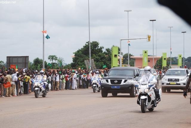 Escorte du président de la République, en route pour un Conseil des ministres dans la capitale politique de Yamoussoukro.