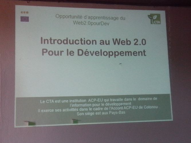 Capture sur une diapositive sur la formation web 2.0 à Bouaké: Ph: FBI