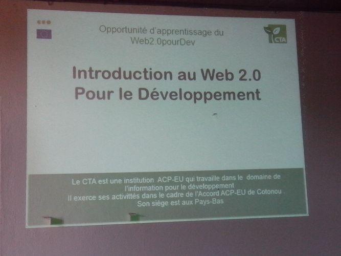 Capture sur une diapositive sur la formation web 2.0 à Bouaké: Ph: FBI