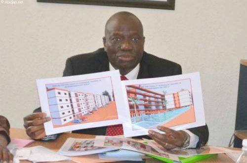 Article : Côte d'Ivoire: guerre entre le ministre et son DG