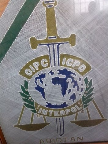 Une photo du logo de l'OIPC-INTERPOL, le bureau d'Abidjan. Ph: FBI