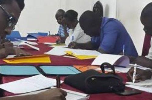 Article : Les mondoblogueurs ivoiriens forment au blogue parlementaire