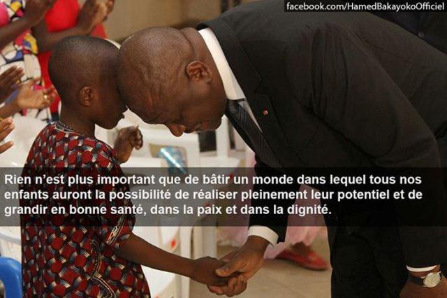 Un enfant porteur d'un message aux ministre de l'intérieur ivoirien Hamed Bakayoko.