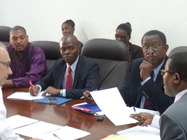 """Lors d'une réunion de préparation de la """"Quinzaine de la Francophonie"""" au Ministère des Affaires Etrangères en Haïti. © Lenna Erneceau"""