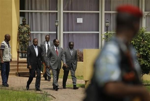 Alassane Ouattara à son QG de campagne, après les élections en décembre 2010. © Reuters