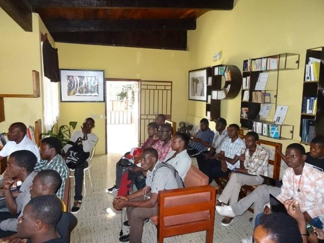 Très content d'avoir pris part à cette rencontre autour du blog en Haïti, les participants ont encouragé la tenue d'un autre atelier de création de blog © BRPC