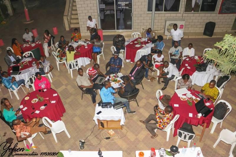 Une vue des blogueurs et invités lors du lancement des activités de l'UNBCI ©Yefien Com
